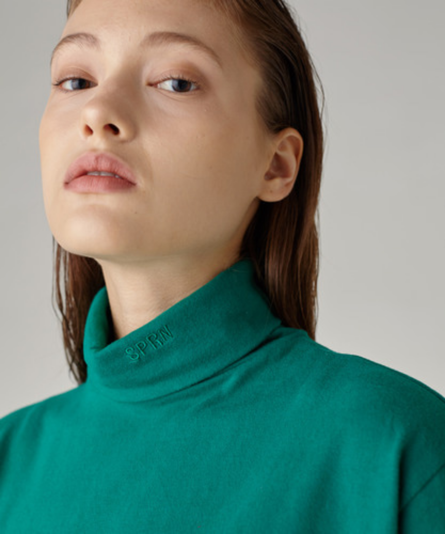 SPERONE TURTLE NECK [GREEN]